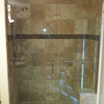 "3/8"" Frameless Door w/ Towel Bar"